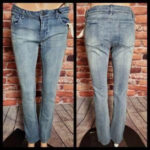 NWT Generra Straight Leg Jeans Size 11